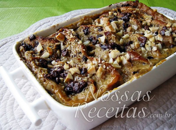 receita de  Chocolate and Pear Bread Pudding ou pudim de brioche